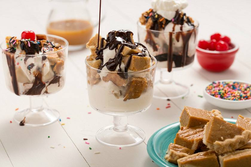 ۱۴۴۸۳۰۲۳۰۲-leftover-pie-delish-sundaes