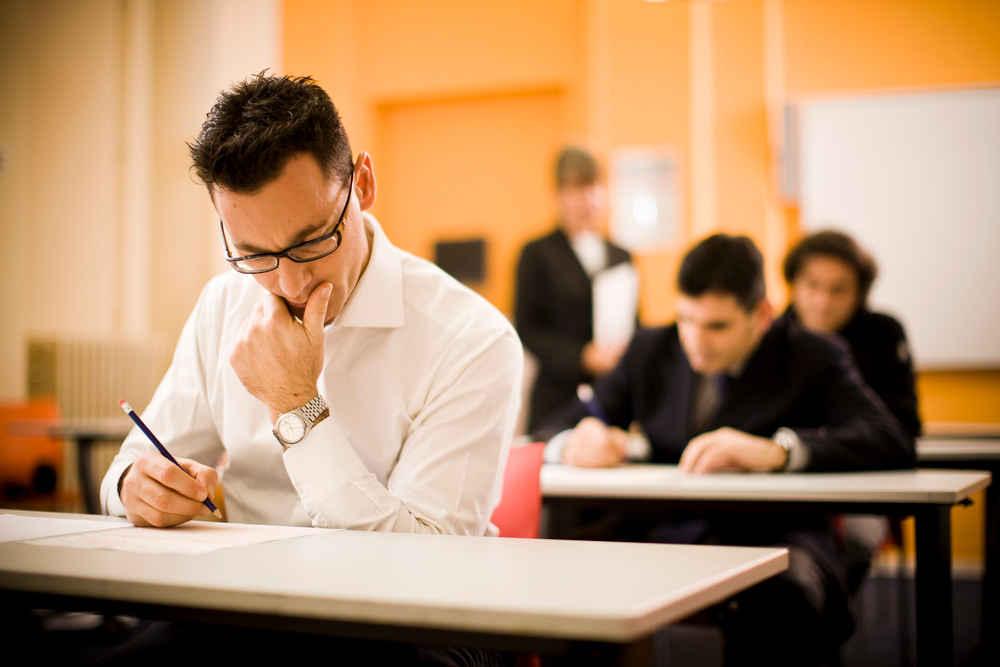 موفقیت در امتحانات دانشگاه