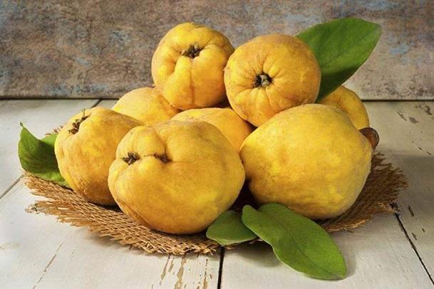 میوه به و فشار خون