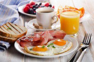 صبحانه مناسب فشار خون بالا